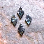 Atlante Black lip large slotted diamond x .080 bag of 50 pcs